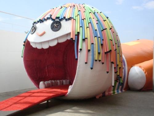 Você esntra dentro dessa boneca p/ ver o sistema digestivo!